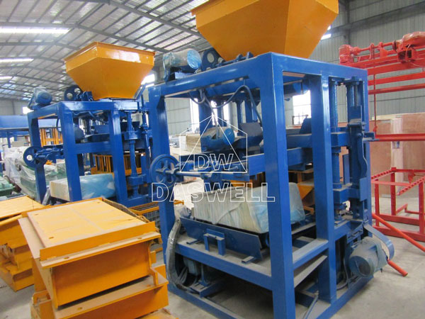 QT4-15 concrete block machine for sale