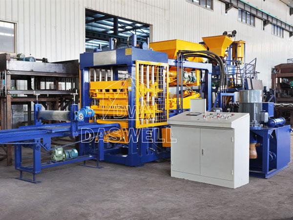 QT6-15 concrete block manufacturing plant