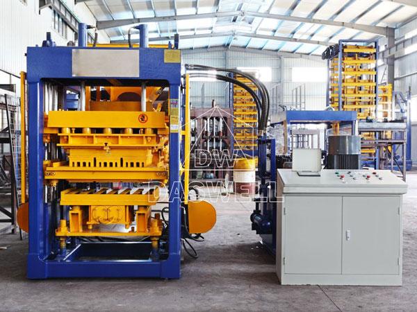 QT6-15 concrete block production plant