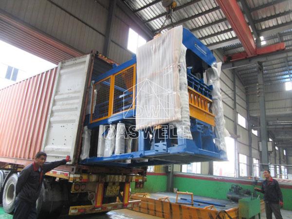 QT6-15 concrete brick manufacturing plant