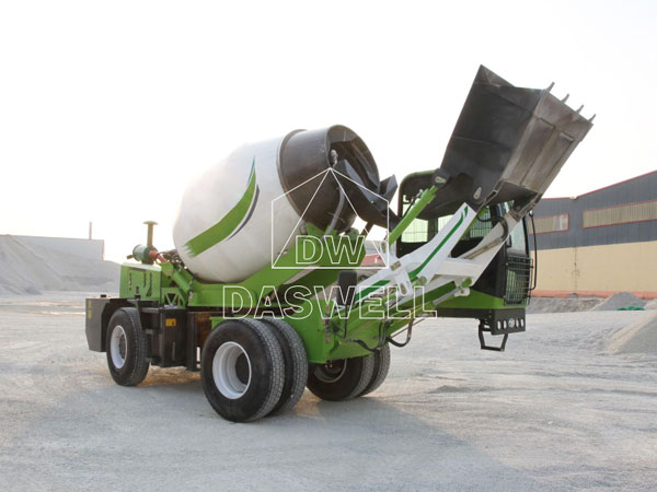 4m3 concrete self loading mixer