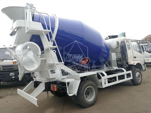 DW-4 concrete transit mixer truck