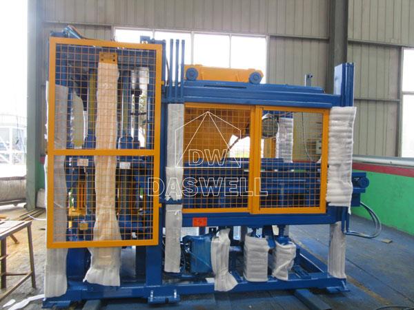 QT4-15 brick maker machine