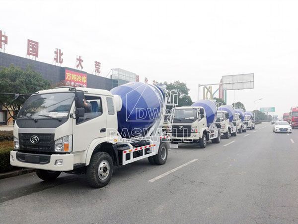 DW-4 ready mix concrete mixer truck