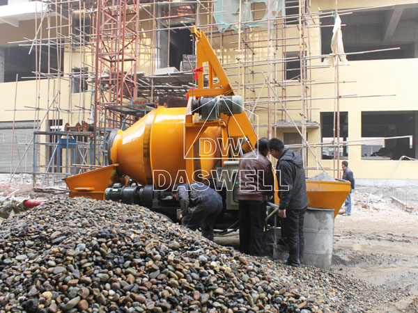portable pump for factory construction