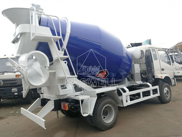 DW-4 mini mixer truck machine