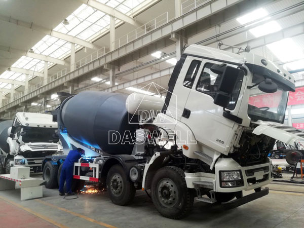production working place of mixer truck