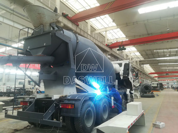 production workshop of mixer truck