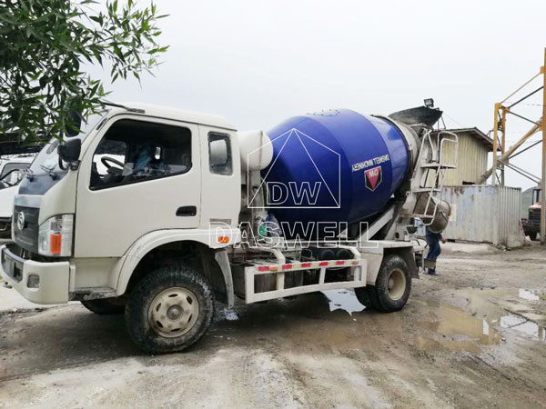 wide use of mini concrete truck