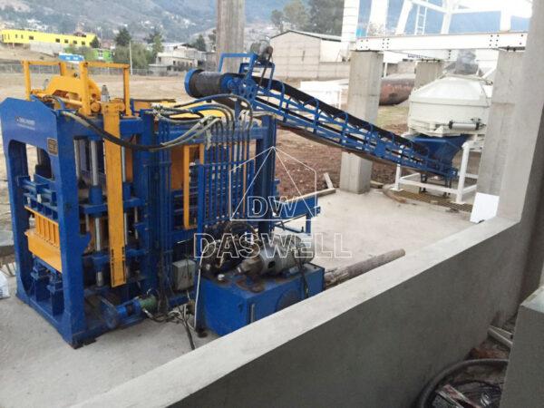 QT6-15 block maker in Mexico