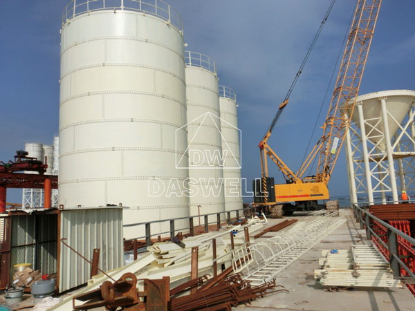 the bolted cement silo