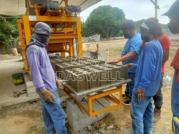 QTJ4-26 brick machines