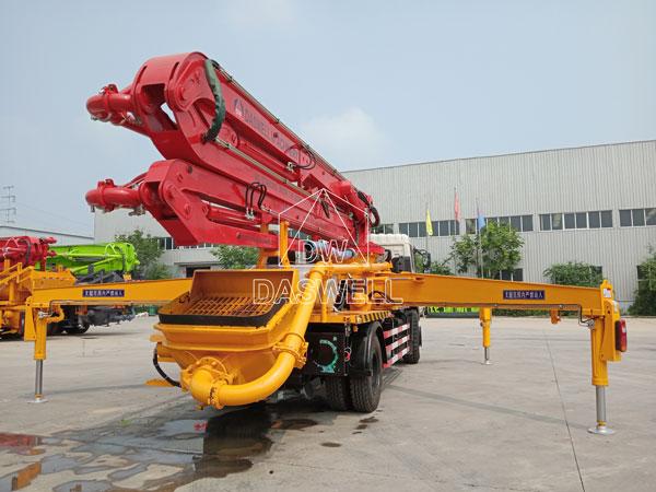 30m truck mounted pump